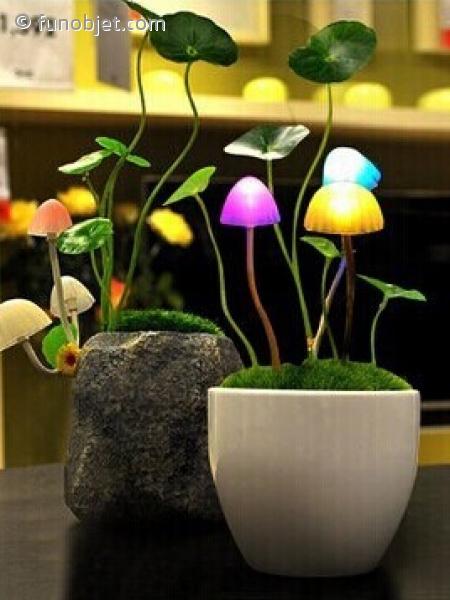 lampe qui s allume toute seule la nuit design de maison. Black Bedroom Furniture Sets. Home Design Ideas