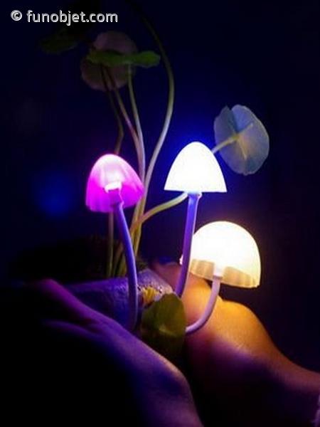 lampe qui s allume toute seule la nuit design de maison design de maison. Black Bedroom Furniture Sets. Home Design Ideas