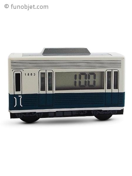 r veil en forme de voiture de train roulant avec. Black Bedroom Furniture Sets. Home Design Ideas